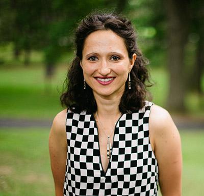 Student Talk Series: Alia Stanciu, April 21st @ noon in Olin 268